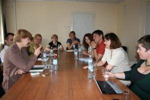 b_300_0_16777215_00_images_stories_delegacije_hrvatske_udruge_za_udomiteljstvo11.jpeg